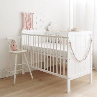 Łóżeczka dziecięce w stylu nowoczesnym oraz rustykalnym - 1