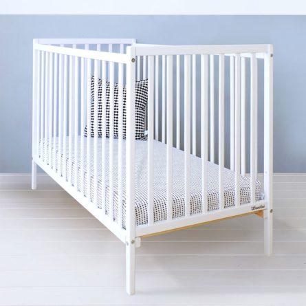 Łóżeczko niemowlęce i dziecięce Dream Cot - łóżeczka dla niemowląt i dzieci 120x60 w stylu klasycznym | Woodies® Safe Dreams - meble i materace dla dzieci
