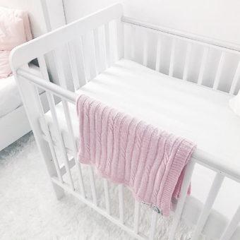SG5 heybeti Opinie, certyfikowane niemowlęce i dziecięce drewniane łóżeczko Classic Cot Woodies ® Safe Dreams