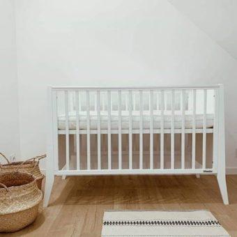 Opinie, certyfikowane bezpieczne łóżeczko drewniane dziecięce i niemowlęce Slim Cot Woodies Safe Dreams