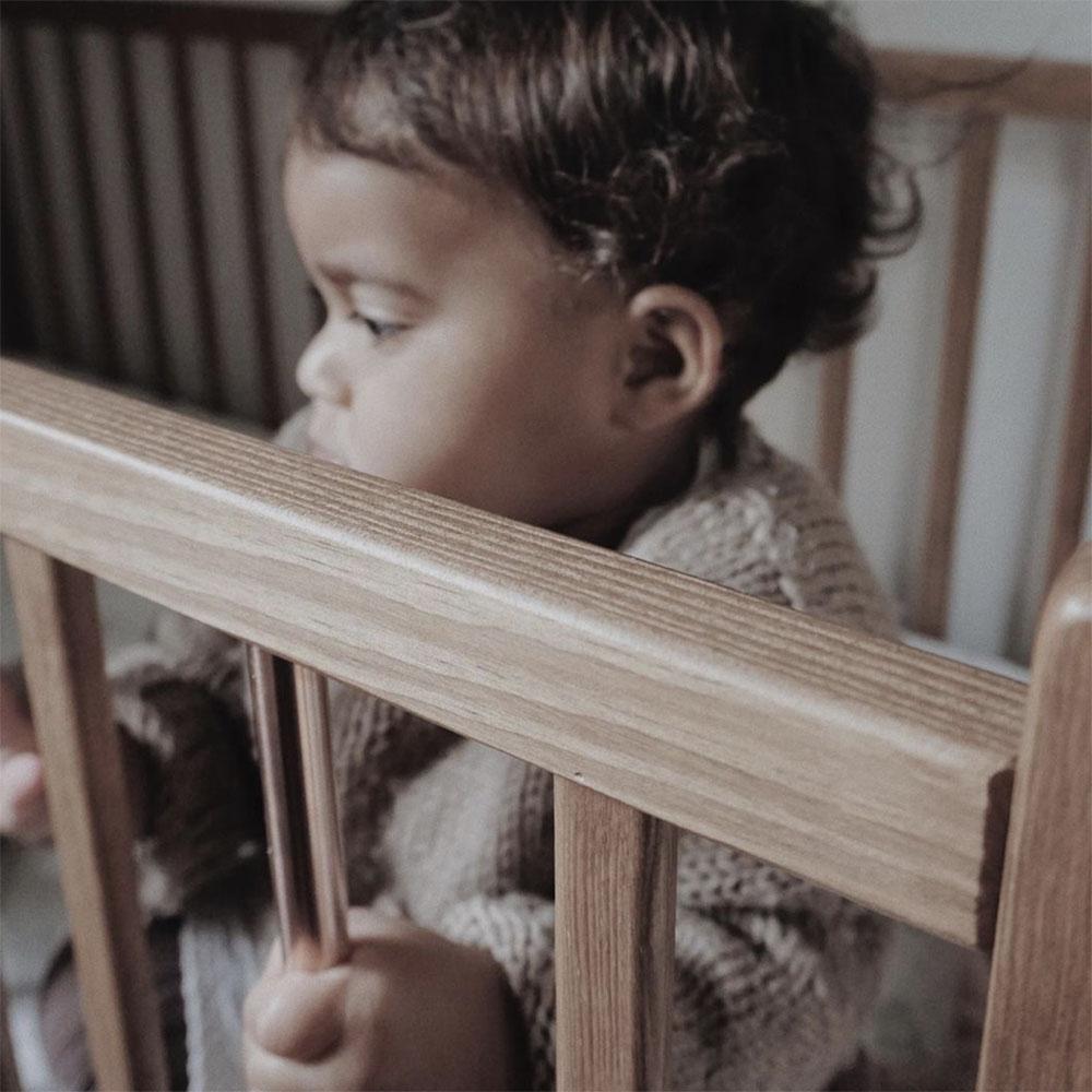 Łóżeczko dziecięce i niemowlęce Stardust Cot Vintage Woodies Safe Dreams