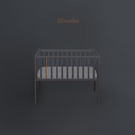 Bedside-Crib-Craft_antracyt_miedz-Maffashion-pokoik-lozeczko-dla-dziecka-Woodies, małe łóżeczka turystyczne