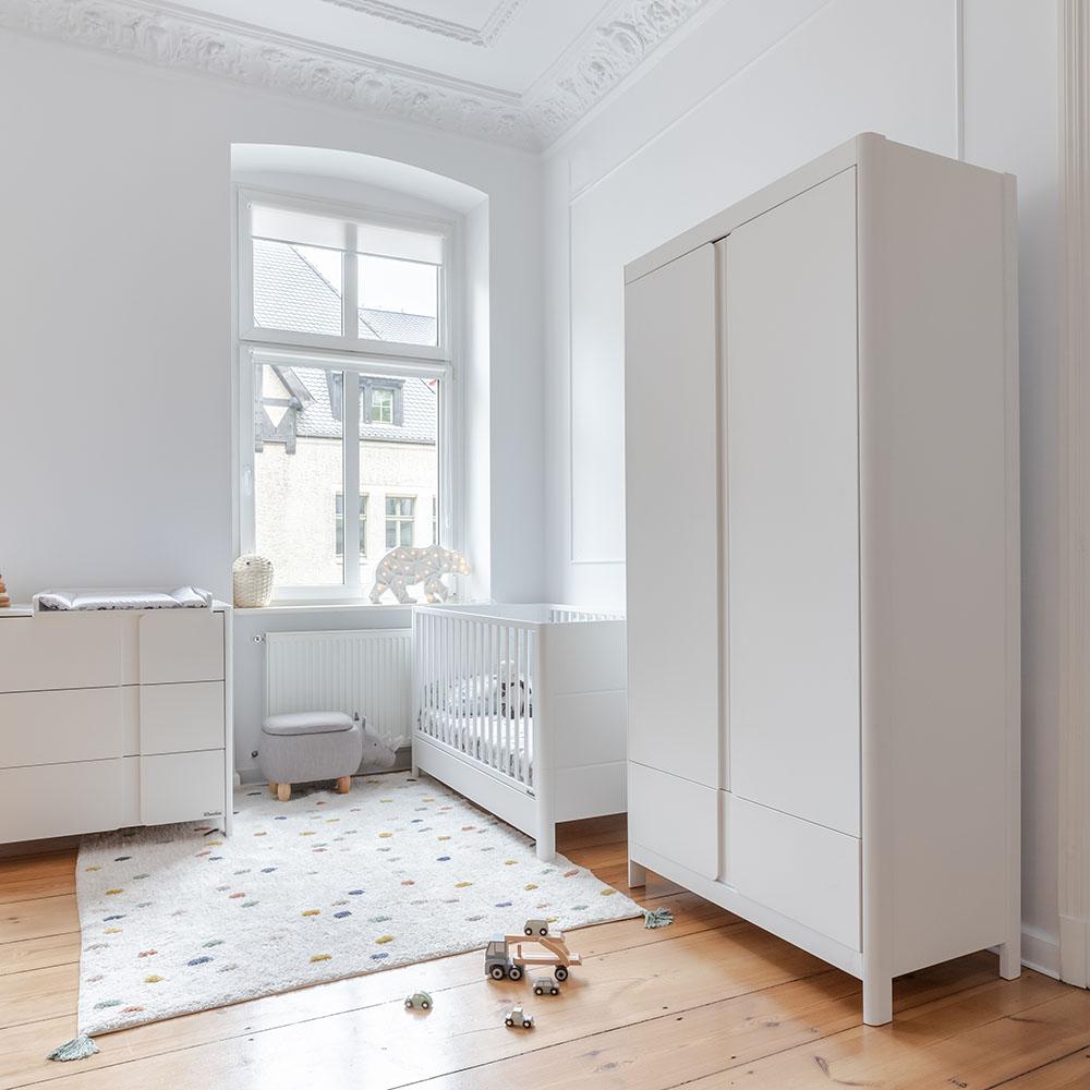 Szafa Smooth do pokoju niemowlęcego Woodies Safe Dreams drewniane atestowane łóżeczka dziecięce i niemowlęce wyprawka dla noworodka (1)